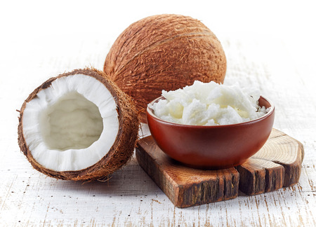 my favourite uses for coconut oil