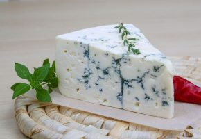 blue cheese vince's market york region independent grocer